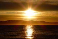 An Applecross Sunse shines