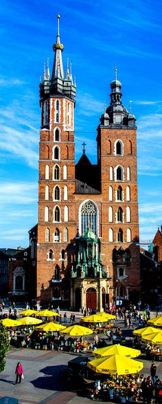 St. Mary's Basilica - Krakow | Poland