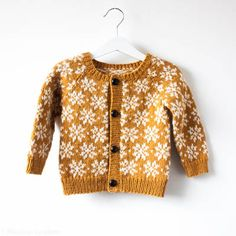A baby and toddler knitting pattern to make a colour work cardigan, the cardigan is knit in the round and steeked open. The cardigan is finished by either sewing in a lining or enclosing the cut ed…