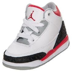 Baby Jordans are the cutest! Cool Baby Boy Clothes, Cute Baby Shoes, Baby Boy Shoes, Toddler Shoes, Boys Shoes, Babies Clothes, Babies Stuff, Air Jordan Retro, Baby Swag
