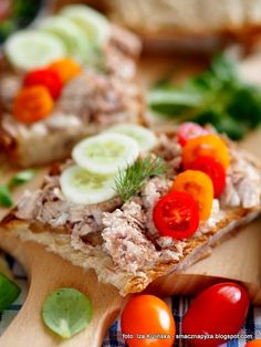 wieprzowina_do_chleba Cobb Salad, Tacos, Cheese, Dinner, Ethnic Recipes, Food, Hams, Meat, Cooking
