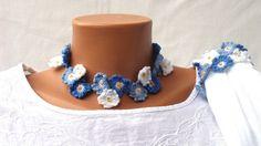 Collier de chien floral collier et bracelet en bleu Royal et blanc avec de petites fleurs