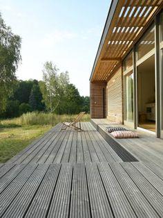 Terrasse / Terrace: skandinavische Häuser von SOMMERHAUS PIU
