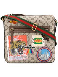 Gucci GG Supreme badge messenger bag