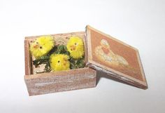 Dollhouse miniature country style box scale 1/12 by Teruka on Etsy