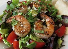 Garlic Lime Shrimp Salad - A healthy garlic and lime grilled shrimp salad topped with a cilantro lime vinaigrette dressing.  Only 333 calories!!