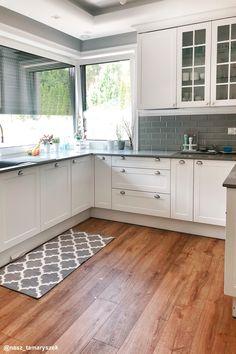 Dom w tamaryszkach 2 Kitchen Cabinets, Indoor, House Design, Home Decor, Kitchens, Anna, Houses, Home Interior Design, Home Interiors