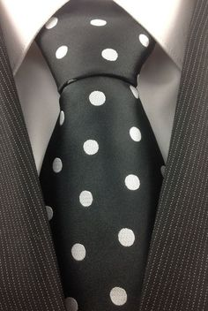 Black with White Polka Dot tie Sharp Dressed Man, Well Dressed Men, Dots Fashion, Polka Dot Tie, Look Man, Black N White, Dapper, Men Dress, Menswear