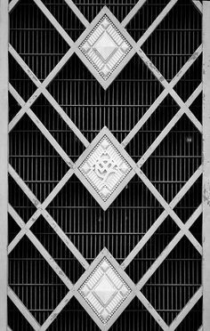 More goodies from the Flickr stream of 'richardr'. Art Deco building detail. #photography #inspiration #art deco