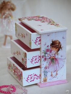 Diy Furniture Painting - New ideas Decoupage Furniture, Decoupage Box, Decoupage Vintage, Painted Furniture, Diy Furniture, Wooden Painting, Wooden Jewelry Boxes, Painted Boxes, Diy Box