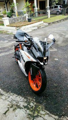 ktm wallpapers for phone Duke Motorcycle, Duke Bike, Bajaj Motos, Bike India, Ktm Super Duke, Ktm Rc8, Ktm Rc 200, Studio Background Images, Video Background