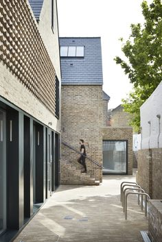 Foundry Mews housing and mixed-use architecture in Barnes, London, UK by Project Orange Brick Architecture, Residential Architecture, Architecture Details, Brick Studio, Building Front, Building Design, Brick Detail, Mews House, Arch House
