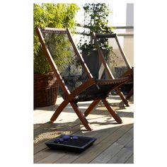 Create the perfect space for lounging and relaxing with IKEA's collection of outdoor sofas, armchairs, hammocks, chaise lounges and more for affordable prices. Ikea Outdoor, Outdoor Fire, Outdoor Chairs, Outdoor Living, Outdoor Decor, Outdoor Lounge, Patio Chairs, Dining Chairs, Balcony Furniture