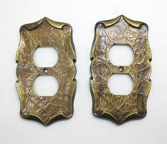 Vintage Amerock Carriage House Brass Double Outlet Cover Plate Wall Cover X2 #AmerockCarriageHouse Plate Wall, Plates On Wall, Outlet Covers, Switch Covers, Carriage House, Antique Brass, Vintage, Antiques, Store