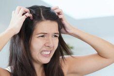 Czy wiesz, że opaska z soli czynicuda   Na zdrowie Tobie Home Remedies For Dandruff, Natural Remedies, Hair Mask For Dandruff, Hair Mask For Damaged Hair, Hair Loss Treatment, Dandruff Solutions, Yogurt Hair Mask, Diy Hairstyles, Hair Beauty