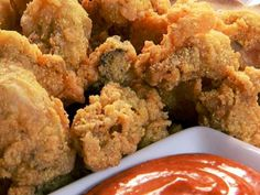 Southern Fried Oysters  1 pint shucked oysters House-Autry seafood breader Oil for frying Drain oysters, pat dry. Roll in seafood breader Deep fry at 375 until golden brown about 3- 4 minutes. Drain on paper towel. Serve as a po-boy sandwich and FF