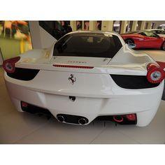 White Ferrari 458. I want it so bad~