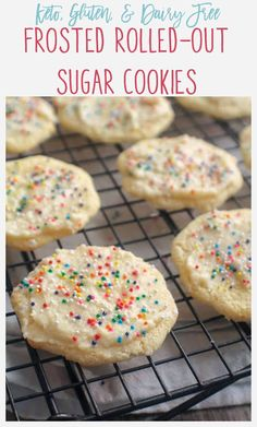 These Frosted Keto Sugar Cookies are soft in the center with a slightly crisp edge and a sweet buttercream frosting. These Frosted Keto Sugar Cookies are soft in the center with a slightly crisp edge and a sweet buttercream frosting. Keto Cookies, Roll Out Sugar Cookies, Gluten Free Sugar Cookies, Sugar Cookies Recipe, Cookies Et Biscuits, Cookie Recipes, Keto Recipes, Healthy Sugar Cookies, Keto Cookie Dough