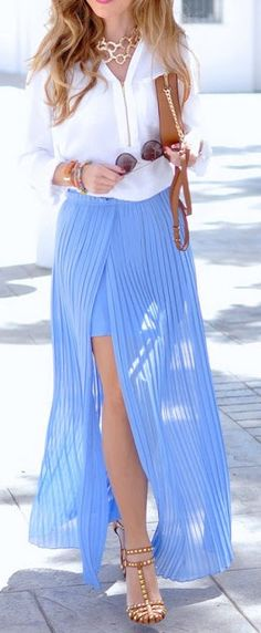 Pleated maxi skirt.