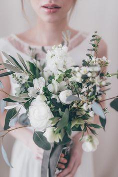green wedding flowers wedding flowers - Page 57 of 101 - Wedding Flowers & Bouquet Ideas White Wedding Bouquets, Wedding Flower Arrangements, Flower Bouquet Wedding, Flower Bouquets, Alstroemeria Wedding Bouquet, Floral Arrangements, Purple Bouquets, Wedding White, Purple Wedding