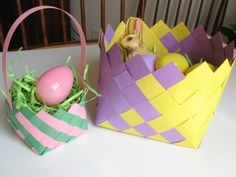 An Easy Illustrated Guide to Creating Woven Construction Paper Baskets