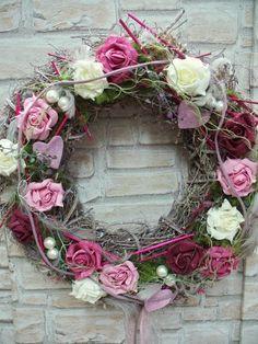 Türkranz,XL Rosentraum in rosa,Shabby,Landhaus von ...die mit den Blumen tanzt... auf DaWanda.com