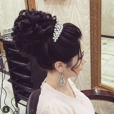 салонстилькизилюрт#стиль#мода#райганатстиль#прически#локоны#макияж#свадьба#красота#мояработа#мояжизнь#искусство#стилист#парикмахер#кизилюрт#дагестан#махачкала#чечня#wedding#makeup#hair#barber#bridal#hairstyle#beautiful#instasize#america#paris @lillyghalichi @americanstyle @worldhairstyles @vegas_nay @dollhousedubai @makegirlz @hudabeauty @lillyghalichi @georgiykot @ulyana.aster by rayganat_magomedmansurova