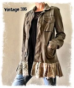 Vintage Military Jacket, Military Style Jackets, Diva Fashion, Fashion Outfits, Gypsy Fashion, Fashion History, Redo Clothes, Rocker Clothes, Bell Bottom Jeans 70s