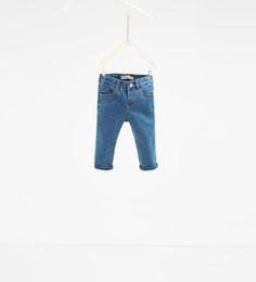 Imagem 1 de Calças de ganga cinco bolsos da Zara
