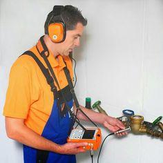 Wir Bieten Rohrreinigung In Dusseldorf Essen Und Nahegelegenem Bereich Fur Haus Wohn Und Firmenbau Nicht Immer Sind Abflussr Sofort Entrumpelung Home Appliances Vacuums Appliances