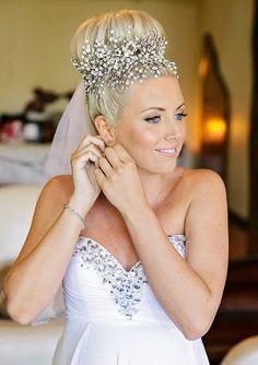 Bridal Vine ~ Bridal Forehead Band ~ Swarovski Crystal Headpiece ~ Swarovski Rhinestone ~ Vintage Bridal ~ Headpiece Heaven - Hairstyles For All Bridal Veils And Headpieces, Headpiece Wedding, Wedding Veils, Bridal Bun, Bridal Hair Vine, Black Wedding Hairstyles, Bride Hairstyles, Wedding Hair Accessories, Wedding Hair Jewelry