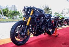 Honda CB 400 tuning CR from Saigon
