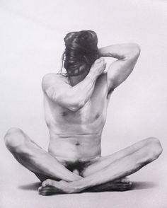 Zacari Logan, Burkah, graphite on paper, 50 x 70 inches, 2010.