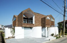 "House on Stylobate by y+M ""Location: Nara, Japan"" 2014"