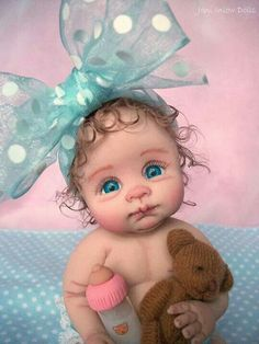OOAK baby by Joni Inlow Look at her she is gorgeous with her bow tie,and look @ her eyes, she is beautiful Tiny Dolls, Ooak Dolls, Cute Dolls, Baby Fairy, Clay Baby, Polymer Clay Dolls, Little Doll, Reborn Baby Dolls, Doll Face