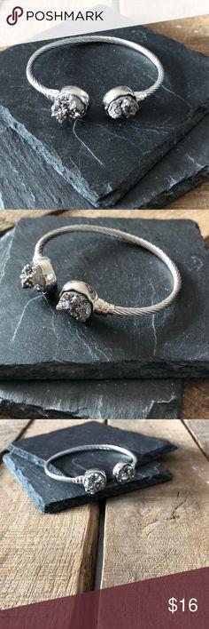 Druzy Bracelet Handmade item: druzy stone bracelet Jewelry Bracelets