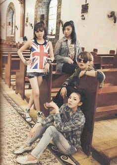 2ne1 I love that they don't look like any other girl kpop group!!! Blackjack Forever! !!