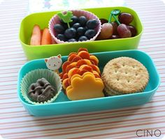 carrots, blueberries, and grapes on the top tier; a few mini chocolate covered pretzels, turkey pepperoni and cheddar cheese cut into flowers, and some whole grain Ritz crackers on bottom tier Toddler Lunches, Toddler Food, Baby Food Recipes, Snack Recipes, Detox Recipes, Nachos, Lunch Snacks, Box Lunches, Healthy Lunches