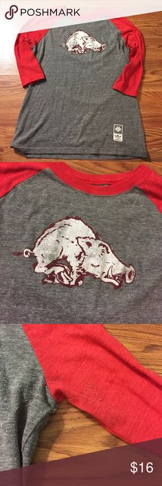 Vintage style Arkansas Razorbacks raglan T-shirt Great T-shirt with a vintage Arkansas Razorbacks logo. Brand is Adidas. Sizes extra-large, but it fits more like a large. Comparable to a large from gap or Old Navy. Very soft material with some slight Pilling Adidas Tops Tees - Long Sleeve