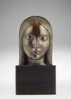 PaulManship/ Head of a Girl / ca. 1916 / Bronze, marble base / VMFA