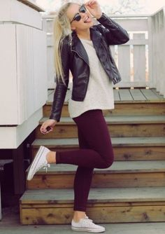 Superior Casual Fall Outfits It's important to The police officer This Event. casual fall outfits for work Outfits Leggins, Outfits With Converse, White Converse, Converse Sneakers, Maroon Converse Outfit, Burgundy Pants Outfit, White Chucks Outfit, Converse Burgundy, Olive Pants Outfit