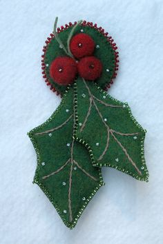 Holly Leaves - i want to make mistletoe hair clips