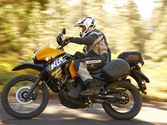 2013 Kawasaki KLR added to Adventure Bikes gallery Kawasaki Ninja, Kawasaki Klr 650, Kawasaki Motorcycles, Cars And Motorcycles, Motorcycle Travel, Scrambler Motorcycle, Moto Bike, Motorcycle Adventure, Motorcycle Touring