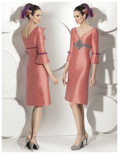 Buy High Quality Dresses from Dress Factory Sexy Dresses, Vintage Dresses, Beautiful Dresses, Fashion Dresses, Lace Evening Gowns, Mermaid Evening Dresses, Mother Of The Bride Gown, Cheap Wedding Dress, Knee Length Dresses