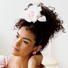 wedding hair : flowers natural hair curly hair hair texture