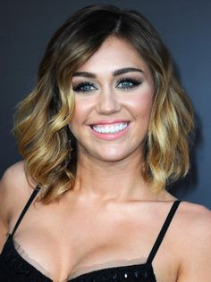 Google Image Result for http://stylestylestyle.com/images/2012/05/Miley-Cyrus-Shoulder-Length-Hairstyles.jpg