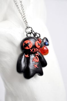 Handmade voodoo doll necklace gothic by DarlingLittleNotions New Orleans Voodoo, Voodoo Dolls, Doll Stands, Clay Figures, Cute Necklace, Creepy Cute, Organza Bags, Clay Crafts, Sculpting