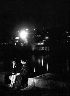 At night Paris 1946 Robert Doisneau