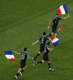 Olivier Giroud of France and team mates run with French flags in. Tourism Poster, World Cup Final, Camp Nou, Fifa World Cup, Football Team, New Music, Croatia, Soccer, Running