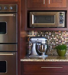 Beautiful cabinet color and backsplash